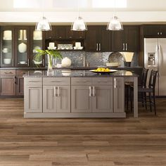 Resilient New Market 6 - 0145V - Tribeca - Flooring by Shaw