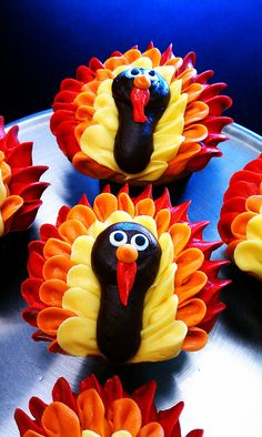 Gourmet Gobblers By My Delight Cupcakery By My Delight Cupcakery Via Flickr Cute Turkey Cupcakes