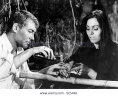 """Daliah Lavi - Peter o Toole 1963 Film """"Lord Jim"""""""