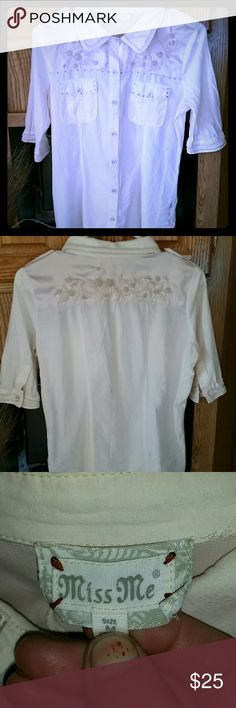 Miss me button down top Beautiful silky accents with flowery embroidery and beaded trim along pockets and hem. In very nice condition. Miss Me Tops Button Down Shirts