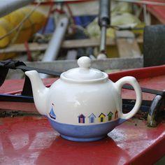 Beach Huts Teapot, taste the seaside. #BeachHuts #Southwold #Sailing #tableware