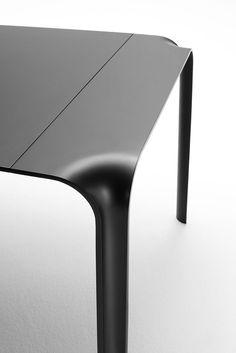 Table Brasilia by Living Divani   #designbest #mdw15, salone del mobile milano 2015   @livingdivani