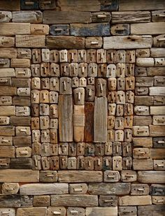 Mark Bourlier is a French artist who started using driftwood to compose his images in 1995 using scraps of wood to create a comment. Driftwood Wall Art, Driftwood Crafts, Wood Sculpture, Wall Sculptures, Art Brut, B 13, Arte Popular, Assemblage Art, Wooden Art