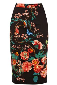 This gorgeous printed pencil skirt features our favourite new season oriental inspired print. The skirt has a high waistline and concealed zip fastening on the reverse. The piece is finished with an asymmetric split on the front.