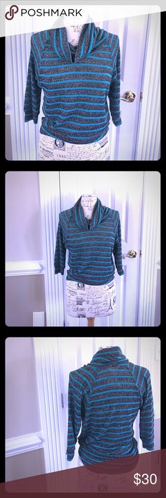Derek Heart Lightweight sweater Sz S Gorgeous, lightweight sweater, perfect for spring. Turquoise stripes on a grey and silver threaded background. Quarter sleeves, cowl neck and longer in the back.  Would look spectacular with skinny white jeans.  NEVER WORN. 💋 Derek Heart Tops Sweatshirts & Hoodies