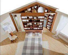 Layout is interesting. Article is organizing tips for small spaces and decluttering closet