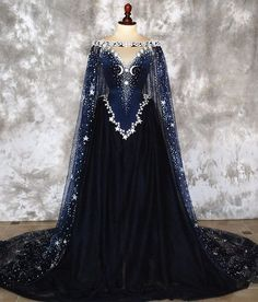 This is just so regal! Wynter would definitely wear this to an important event.