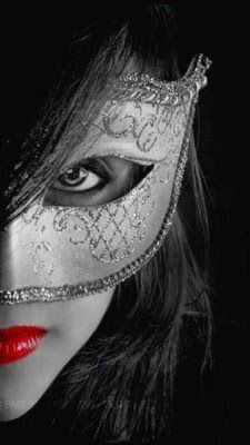 Centerblog.net color splash gifs   pictures and Gifs: Beautiful Mask Color…