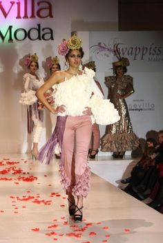 Traje de Flamenca - Ernesto-Sillero- - Pasarela-Wappissima-2013-