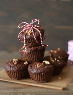 Muffins faceis de Alfarroba