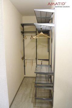 Narrow Closet Design, Bedroom Closet Design, Master Bedroom Closet, Closet Designs, Closet Renovation, Closet Remodel, Front Hall Closet, Rose Gold Room Decor, Closet Organisation