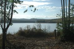 view across Klipkopje Dam where Fish Eagle Fly-In Estate is situated - 47 houses on 100ha