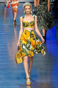 Dolce & Gabbana - crop top and matching skirt