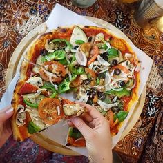 NO cheese NO meat baby #vegan pizza is the way to goooo I ate rice before I went AND ate this beauty to myself....#guiltfree Nooopeee I don't miss cheese.. and even if I did you can get vegan cheese that taste pretty much the same.,,, Cruelty, puss and hormone free.. #notyourmum #NOTyourmilk
