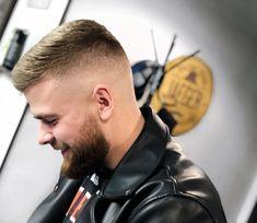 Mens hair in general Funky Hairstyles, Cool Haircuts, Hairstyles Haircuts, Haircuts For Men, Hair Designs For Boys, Short Hair Cuts, Short Hair Styles, Flat Top Haircut, Beard Haircut