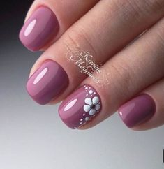 dark pink nails with flower design – Prom Nail Designs 2018 Flower Nail Designs, Nail Art Designs, Nails With Flower Design, Nails Design, Flower Nail Art, Nail Designs Spring, Stylish Nails, Trendy Nails, Gel Nails