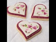 How to Paint Simple Roses on a Cookie - YouTube
