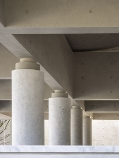 details álvaro siza + carlos castanheira design mausoleum for taiwan cemetery Alvaro Siza Mausoleum Detail Architecture, Concrete Architecture, Contemporary Architecture, Interior Architecture, Victorian Architecture, Interior Columns, Interior And Exterior, Interior Design, Exterior Colors