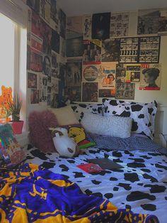 Home Decor 2018 .Home Decor 2018 Indie Bedroom, Indie Room Decor, Cute Room Decor, Aesthetic Room Decor, Hippie Bedrooms, Boho Decor, Retro Bedrooms, Wall Decor, Room Ideas Bedroom