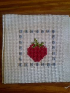 Crossstitch -kreuzstich Erdbeere , strawberry