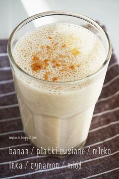 Smakocie i Łakołyki: Koktajl bananowy z płatkami owsianymi i kawą Smoothie Drinks, Healthy Smoothies, Smoothie Recipes, Healthy Sweets, Healthy Recipes, Vegetarian Recipes, Cooking Recipes, Coffe Recipes, Dishes Recipes
