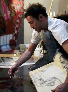 H. Craig Hanna dans son atelier