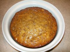 A moist and delicious recipe for Crock-Pot Banana Bread that is the perfect use for over ripe bananas. Whip up a batch today for a yummy sweet treat! Bake in Crockpot - on low for 4 hours. Slow Cooker Desserts, Crock Pot Desserts, Crockpot Dishes, Slow Cooker Recipes, Cooking Recipes, Dessert Recipes, Crockpot Meals, Bread Crockpot, Cake Recipes