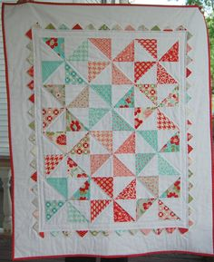 Baby Quilt - Moda Vintage Modern - Patchwork Quilt - Love the quilting job around the outer triangles