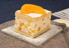 Fruchtiger Quark-Sahne-Kuchen mit Pfirsichen