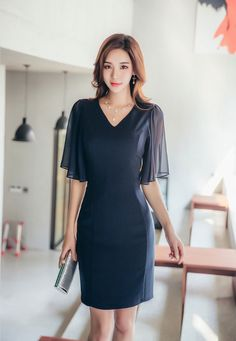 Korean Model, Office Fashion, Well Dressed, Asian Beauty, Casual Outfits, Cold Shoulder Dress, Mini Skirts, Short Sleeve Dresses, Lady