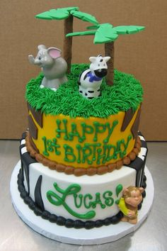 It's a Jungle out there!  Fondant on Buttercream.  Cake by Stephanie Dillon, LS1 Hy-Vee