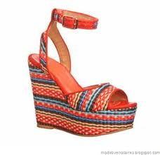 http://www.facebook.com/pages/Ch%C3%A9rie-Boutique-de-Zapatos/150914561648102