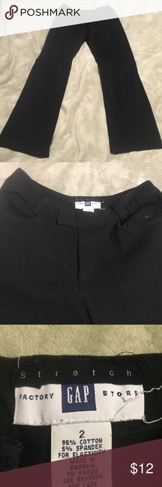 "GAP Size 2 black ankle crop pants These pants are 95% cotton and 5% spandex there from the factory gap store they do have some stretch.waist 13"" stretches to 14 1/2"". Length is 26 1/2"". GAP Pants Straight Leg"