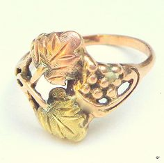 10K Tri-color Black Hills Gold Ring with Leaves Size 4-10