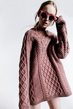 pink sunglasses & oversized cable knit sweater #style #fashion