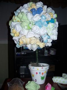 face cloth or onesie topiary- great babyshower gift!