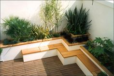 Architecture: Simple Rooftop Garden Design Ideas With Slatted Wooden Flooring And Cozy Seating Featuring Greenery On The Edge, Gorgeous Rooftop Garden Design Ideas. 600x403 pixels