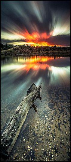 UK ENGLAND ♦ HAMPSHIRE ♦ AMAZING SUNSET #photo by ianholloway0404 #sun sunlight sunrise sky cloouds amazing landscape seascape water sea lake reflection nature