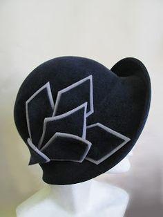 miss Fisher's hat by Mandy Murphy Art Deco Fashion, Vintage Fashion, 1900s Fashion, Fashion Hats, Fishers Hat, Millinery Hats, Fancy Hats, Murder Mysteries, Love Hat