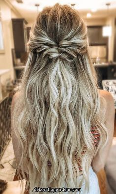 33 Best Half Up Half Down Hairstyles For Everyday To Special Occasion hair hairstyles weddinghairstyles promhair braid halfuphalfdown halfuphalfdownhair 593067844664404737 Medium Length Hairstyles, Trendy Hairstyles, Boho Hairstyles For Long Hair, Prom Hairstyles Half Up Half Down, Braid Half Up Half Down, Half Up Long Hair, Half Up Half Down Wedding Hair, Cute Everyday Hairstyles, Hair Half Updo