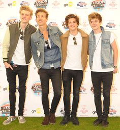 """The Vamps on One Direction: """"They deserve every success they get"""" < yay! Bradley Simpson, Meet The Vamps, Vamps Band, Music Bands, Cool Bands, Cute Boys, My Music, Beautiful Men, Hot Guys"""