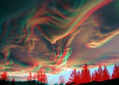 4D anaglyph of Asperatus Cloud, New Zealand. 3D image made by two images found on web.