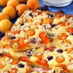 Jogurtovy kolac s ovocem Czech Recipes, Ethnic Recipes, Bacon Roll, Jacque Pepin, Sweet Cakes, Desert Recipes, Macaroni And Cheese, Sweet Tooth, Deserts