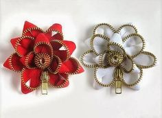 Flowers with stepper closures