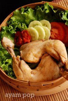 Ayam Pop   Bahan :   1 ekor Ayam Kampung  250 ml Air Kelapa  2 lembar Daun  Salam  1 batang Serai...