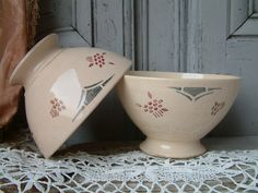 This lisiting is for the 2 footed bowls shown in the photos above. They are an uncommon pastel beige/cream--pink color with grey, red, and brown stencil details  CONDITION : In good vintage condition with a few signs of age and use like some wear at the foot of the bowls. This is actually a manufacturing detail where the color glaze did not pass over the raw pottery.   D : 13.5 cm = 5.3  H : 8 cm = 3.1    **************************************************************** This ite...