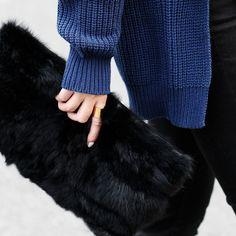 $13.60 (Buy here: https://alitems.com/g/1e8d114494ebda23ff8b16525dc3e8/?i=5&ulp=https%3A%2F%2Fwww.aliexpress.com%2Fitem%2FFashion-2015-crocodile-pattern-rabbit-fur-day-clutch-women-s-all-match-fashion-handbag-small-bag%2F32323485924.html ) New crocodile pattern rabbit fur day clutch women's all-match fashion handbag small bag women evening bags freeshipping for just $13.60