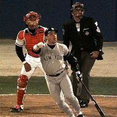Jim Leyritz watches his eighth-inning, three-run home run off Braves reliever Mark Wohlers during Game 4 of the World Series on Oct. 23, 1996, in Atlanta. Leyritz was credited with turning the Series around with his hit as the Yanks beat the Braves in six games