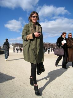 Military oversize parka in a all black outfit! love it!