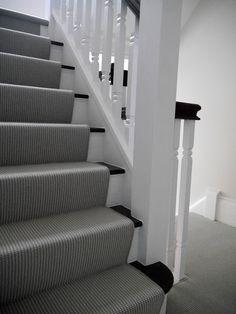 New stairway - the green eyed girl Stairs, Painted Stairs, Dark Interior Design, Neutral Decor, Stairs In Living Room, Living Room Designs, Dark Interiors, Stairways, Hallway Designs